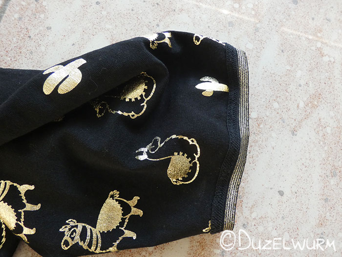 Lama Shirt mit Gummiband an den Ärmelenden